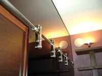 Алюминиевые перегородки жилых помещений с остеклением и отделкой